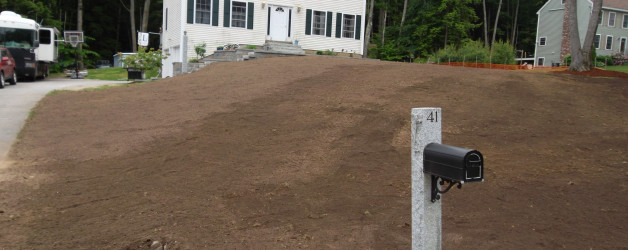 Install loam onto existing lawn in Sandown NH