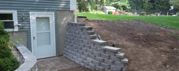 New retaining wall system in Londonderry NH